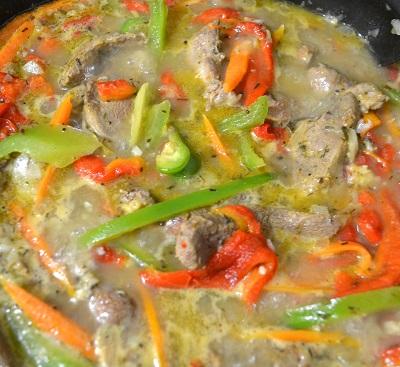 rață thai pe foc cu sos de marinadă