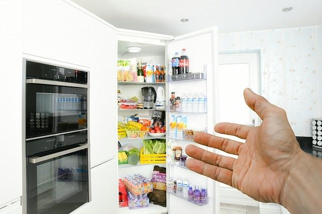 cum organizezi bucătăria după metoda Marie Kondo ca să slăbești ușor
